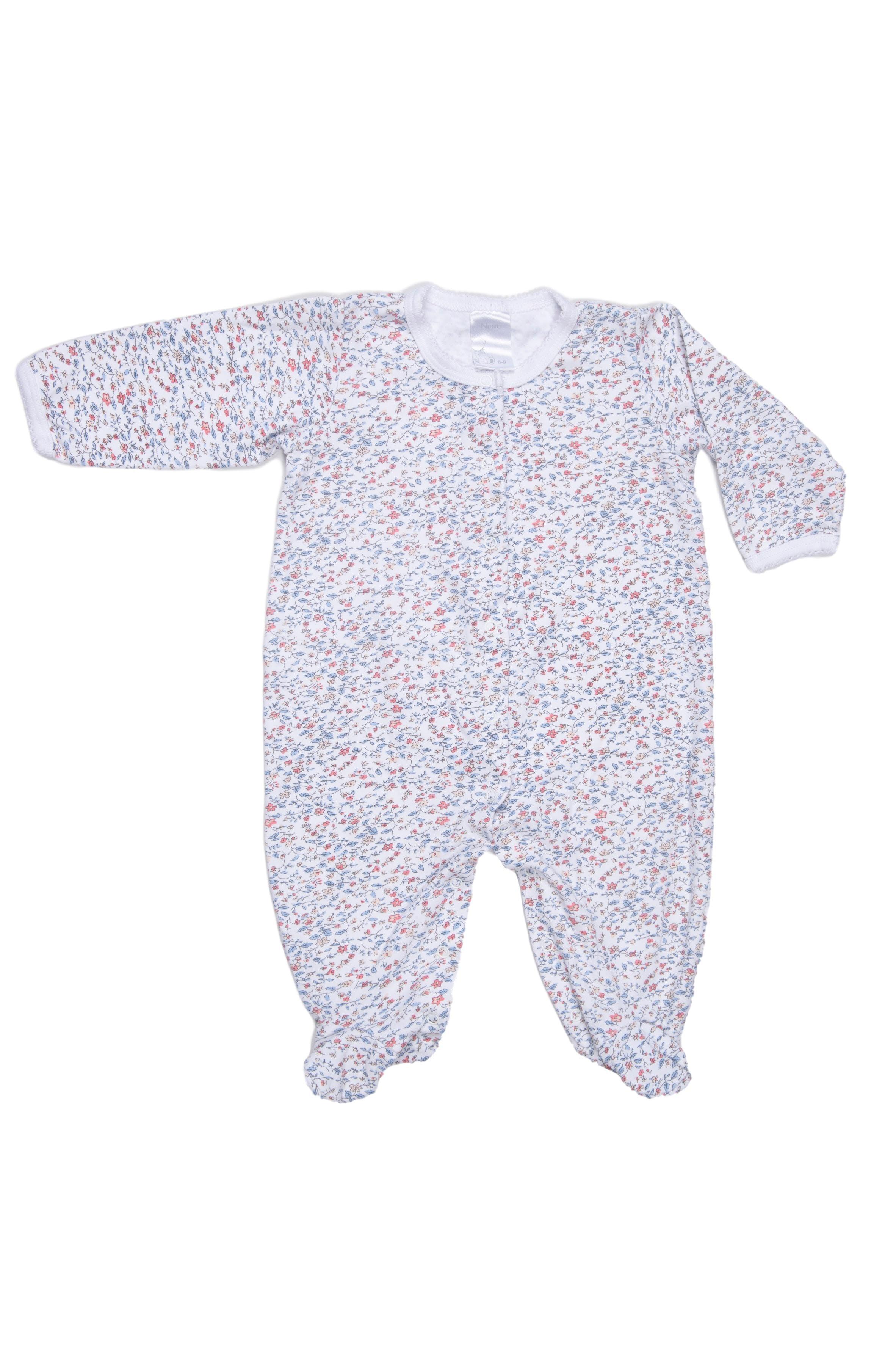 Pijama fondo blanco estampado de flores, doble tela en el pie, 100% algodón pima. Muy suavecita. - Nunu