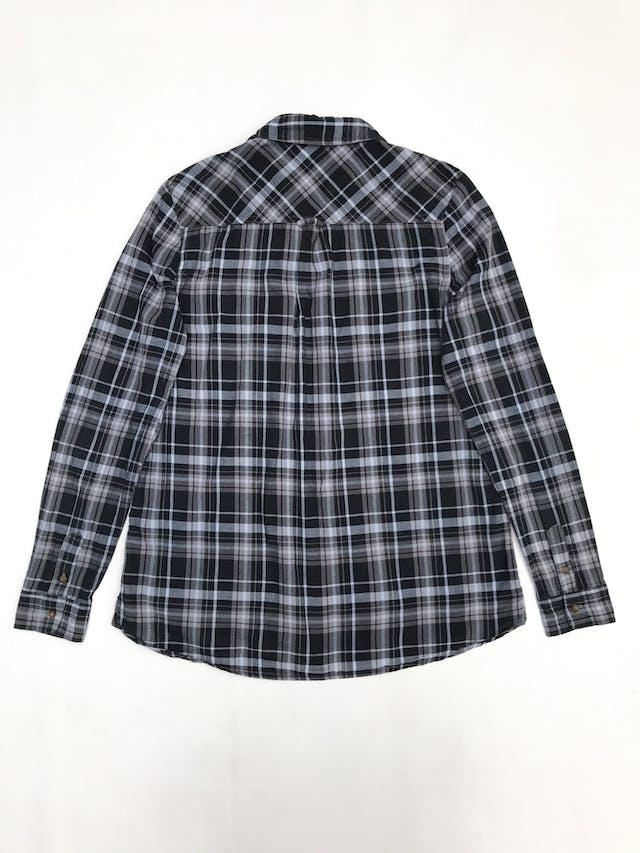 Blusa Pepe Jeans a cuadros negros y plomos, camisero con bolsillos delanteros foto 2