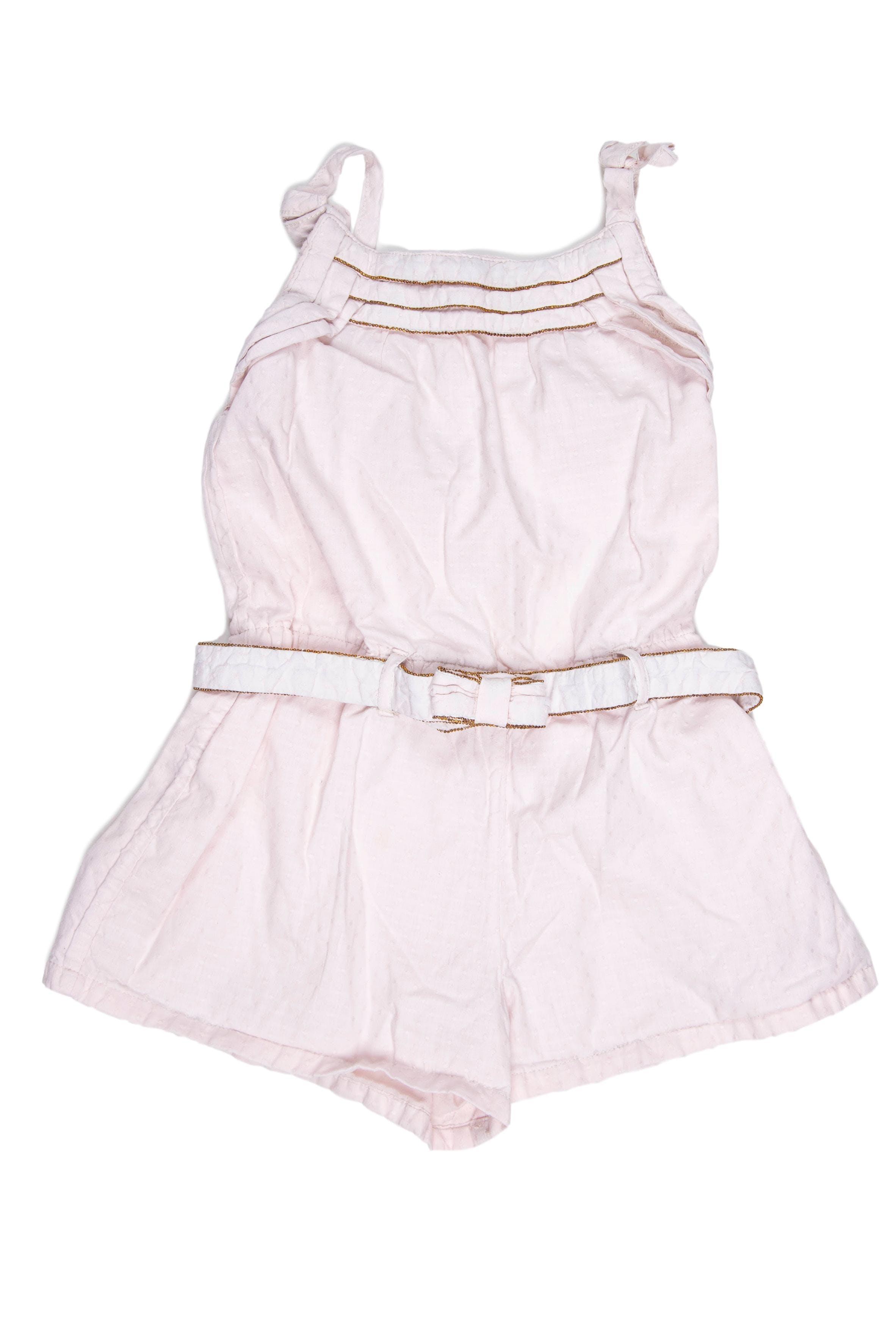 Enterizo short rosa pálido con cinturón, forrado. Elástico en la cintura. - Maggie & Zoe