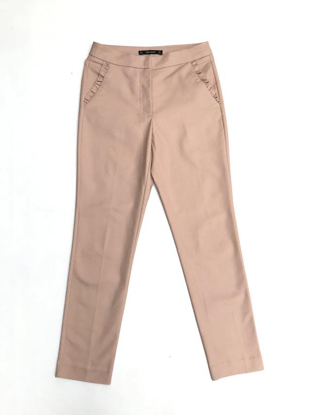 Pantalón Zara palo rosa 98% algodón, bolsillos con bobitos. Cintura 73cm foto 1