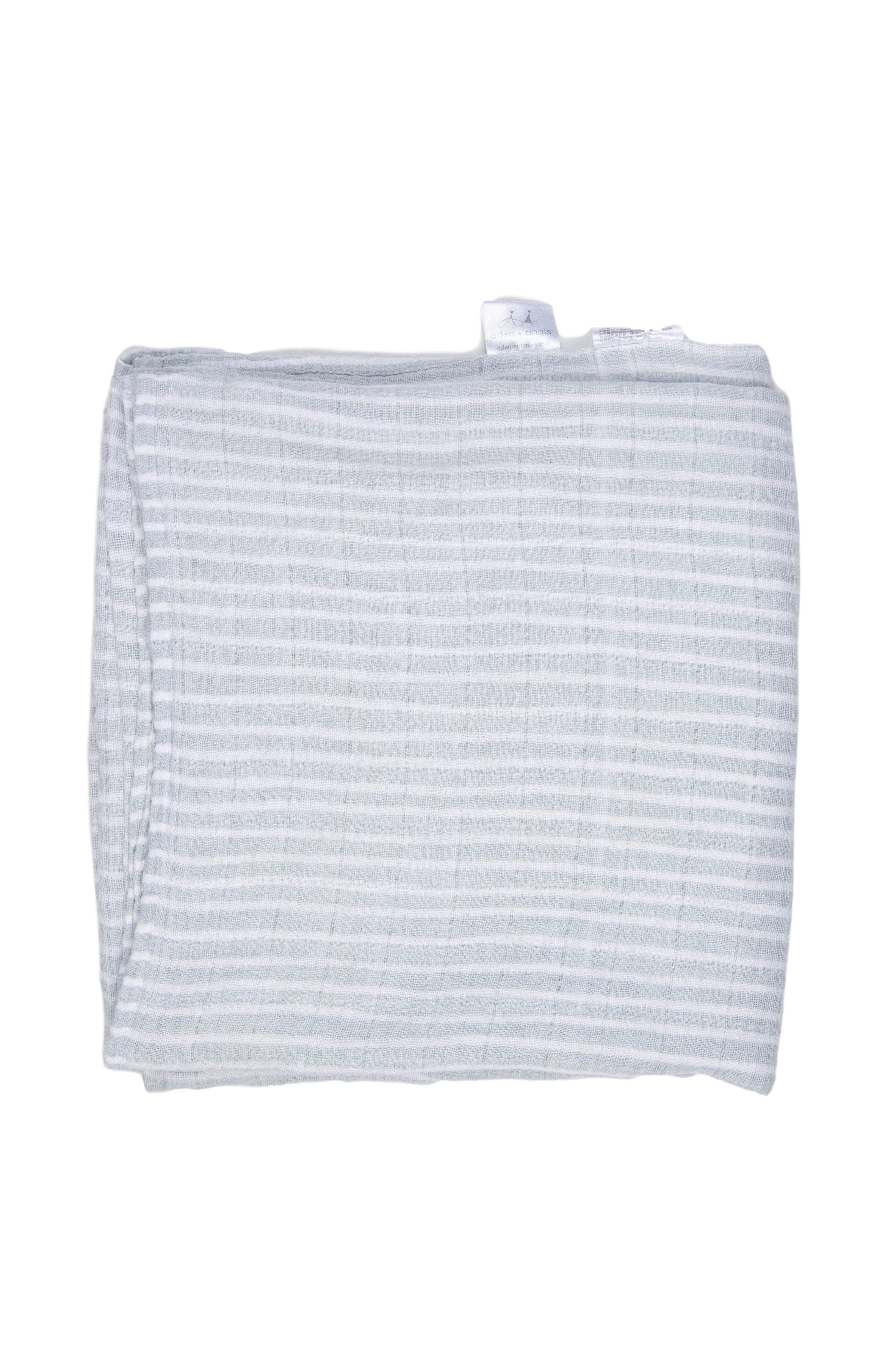 paños de muselina 100% algodón, rayado, tamaño 1.20 x 1.20 (tiene una pequeña mancha en una esquina, no perceptible a simple vista) - Aden+anais