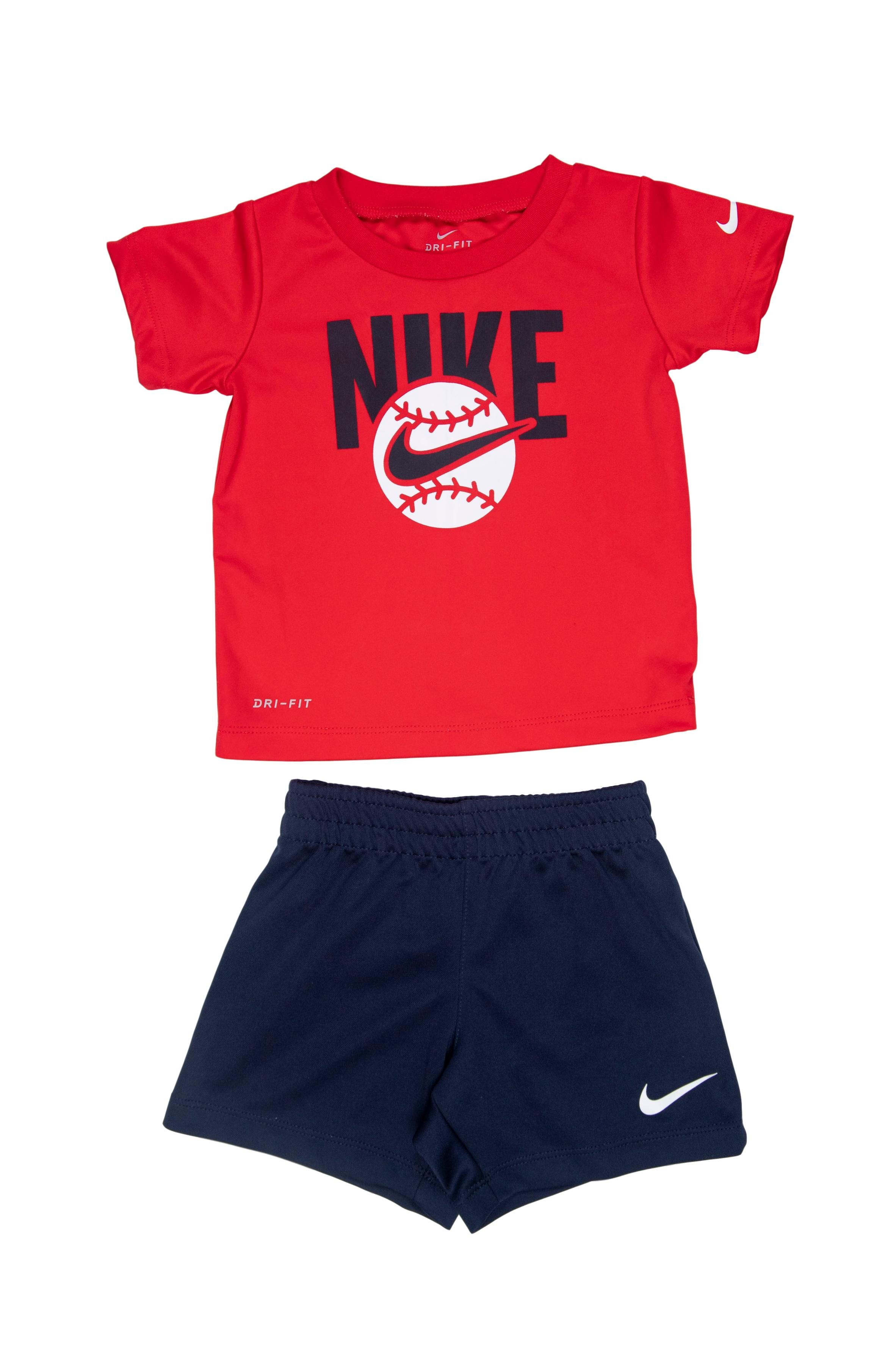 Conjunto Nke Polo rojo tela Dri - Fit y Short azúl marino. - Nike