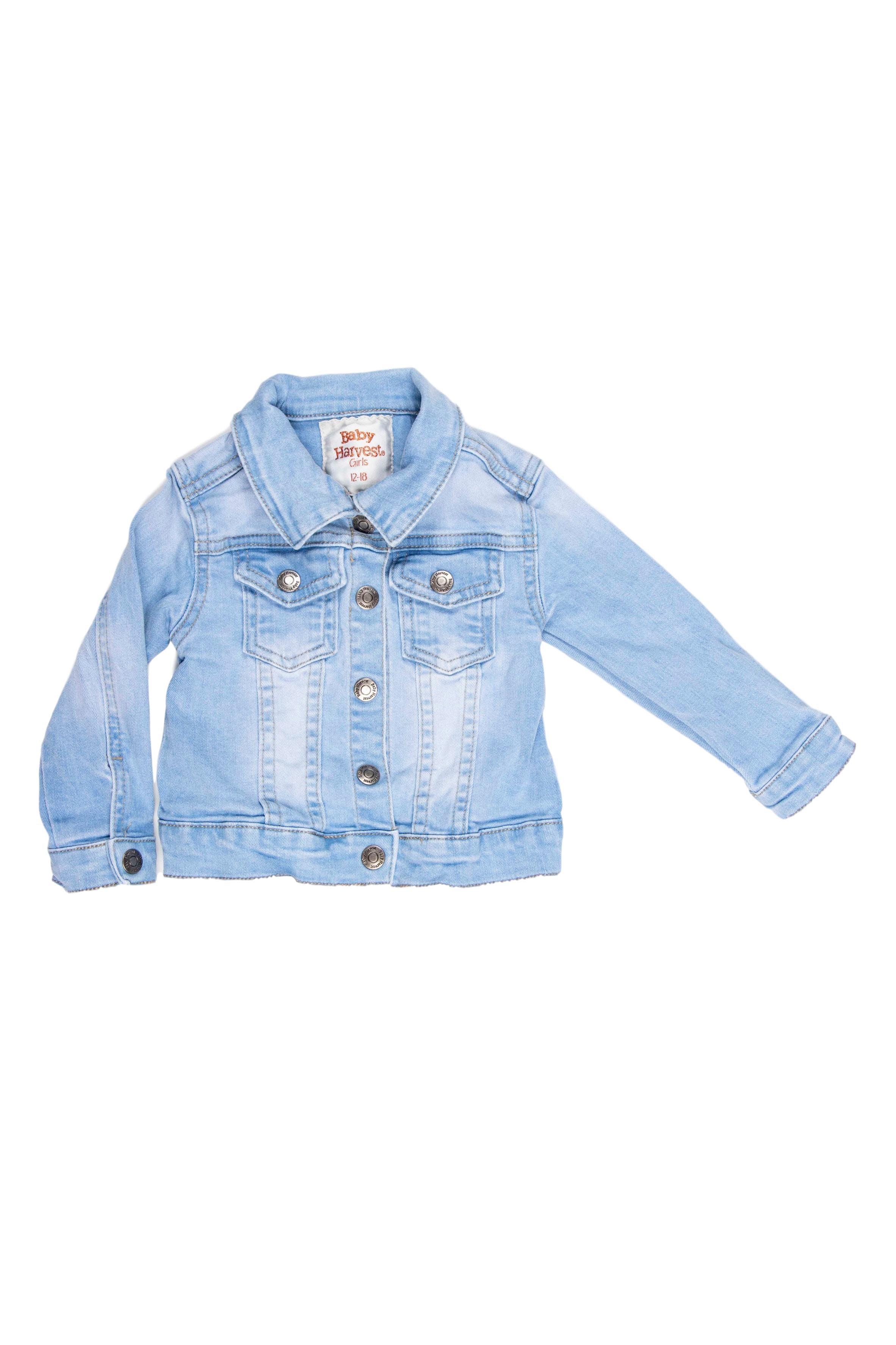 Casaca jean celeste 98% algodón. Etiqueta dice 12 - 18 pero la vemos chica hasta 15 meses aproximadamente - Harvest