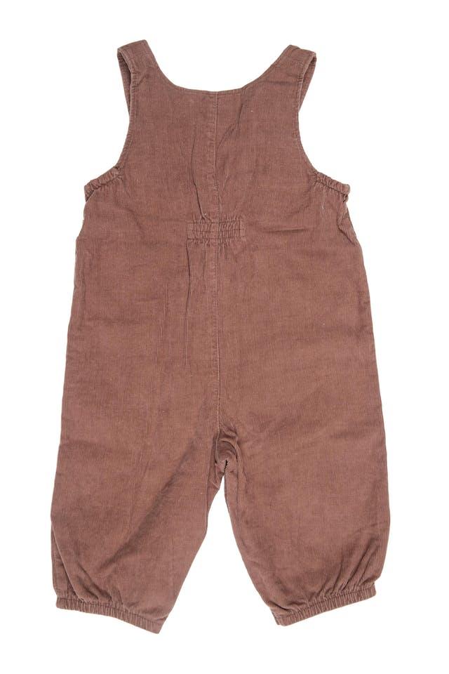 Overall de corduroy marron con bordado en el pecho y pierna. 100% algodón - First Moments foto 2