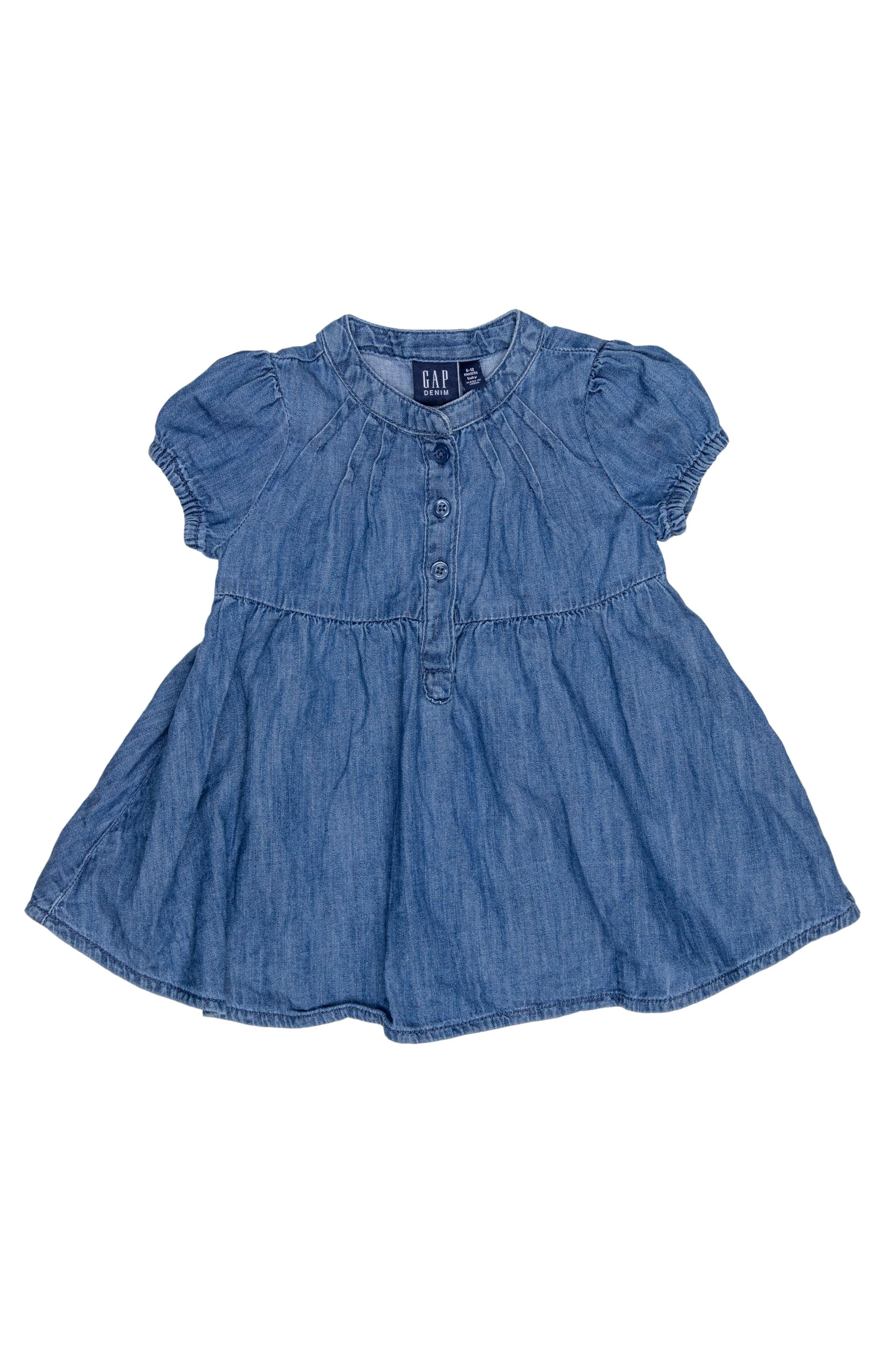 Vestido de jean manga corta tipo camisero, 100% algodon. Talla en etiqueta: 6 - 12 M - Gap