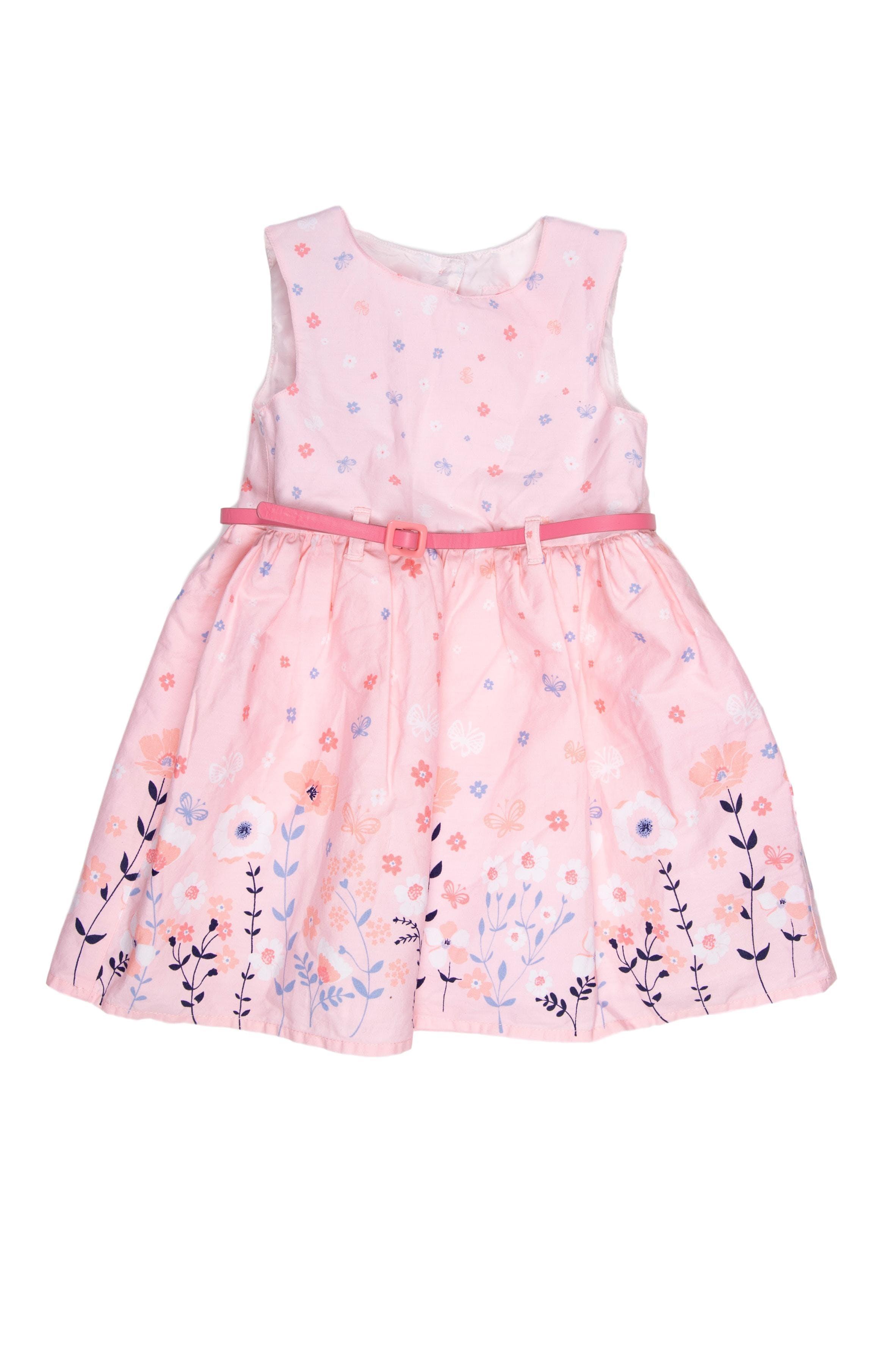Vestido de tela delgada con flores y mariposas tiene forro y correa. Falda con tul interior para vuelo. - Made With Love
