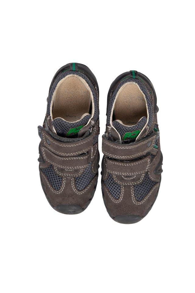 Zapatillas Marrones. Precio original S/ 190 - Primigi foto 1