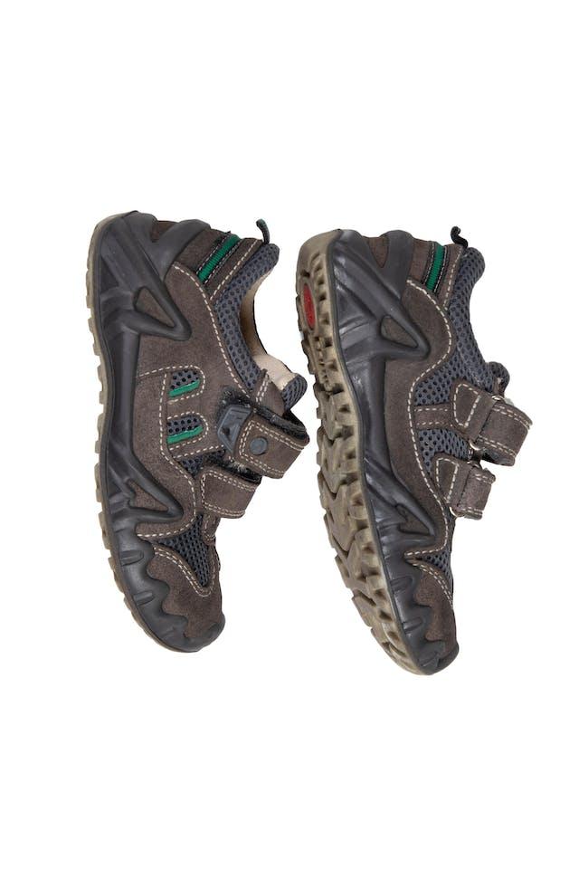 Zapatillas Marrones. Precio original S/ 190 - Primigi foto 2