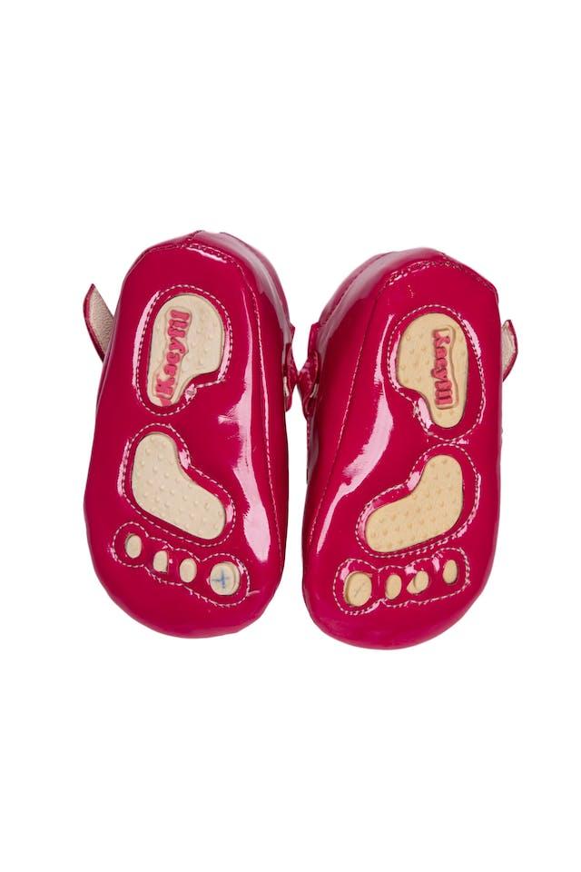 Zapato de Charol fucsia, silicona antideslizante en la planta. Talla 12 o 17 - Kacyfil foto 2