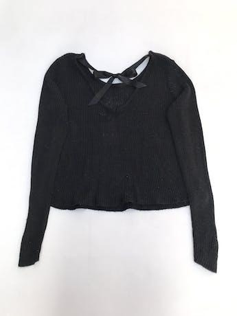 Chompa H&M negra tejida de algodón y viscosa, escote en la espalda con lazo  foto 2