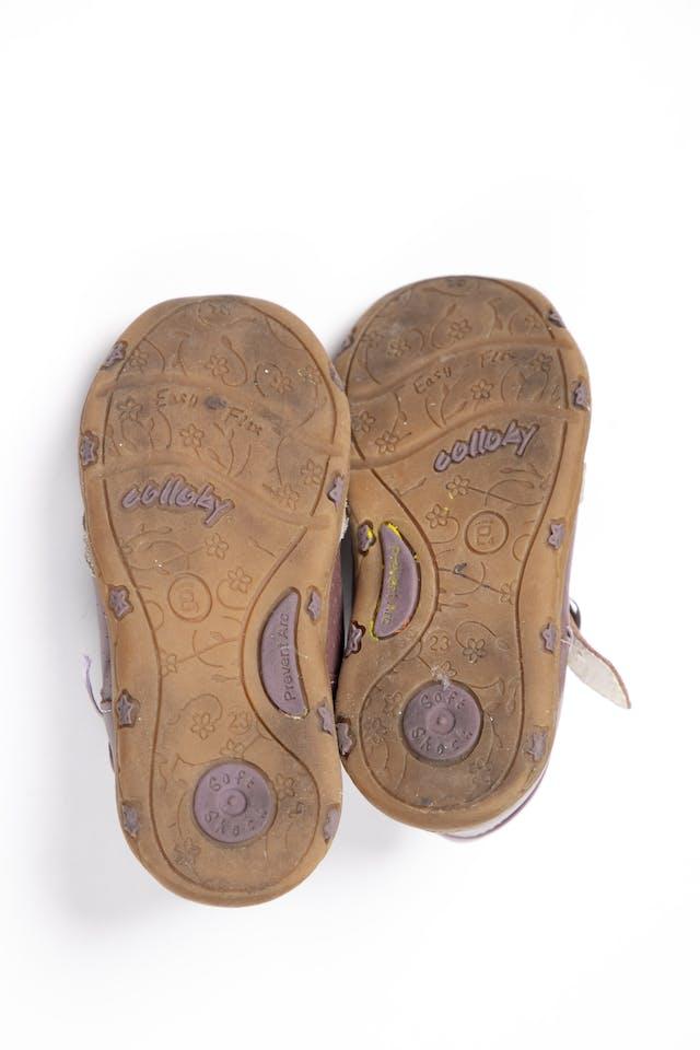 Zapatos con correa marrones - Colloky foto 3