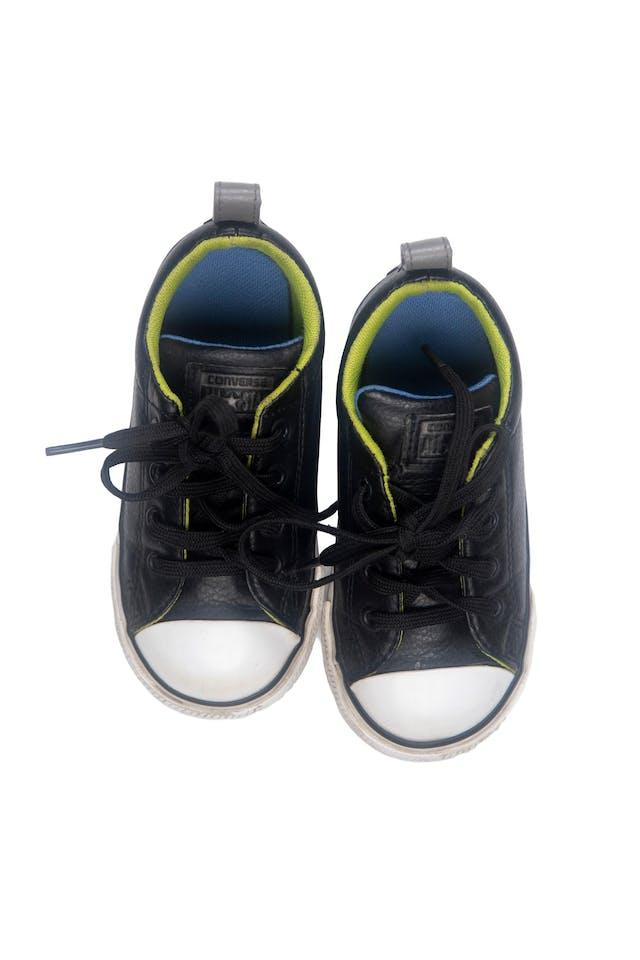 Zapatillas converse negras tipo cuero. Talla americana 8. Precio original 129 soles - Converse foto 1