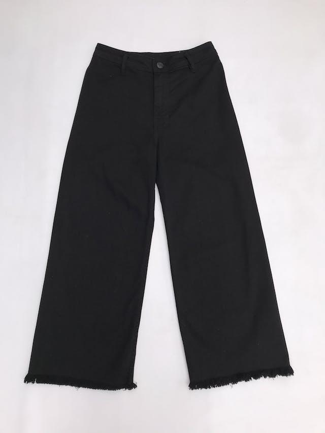 Pantalón jean negro a la cintura, corte palazzo, 98% algodón. Cintuta 76cm foto 1