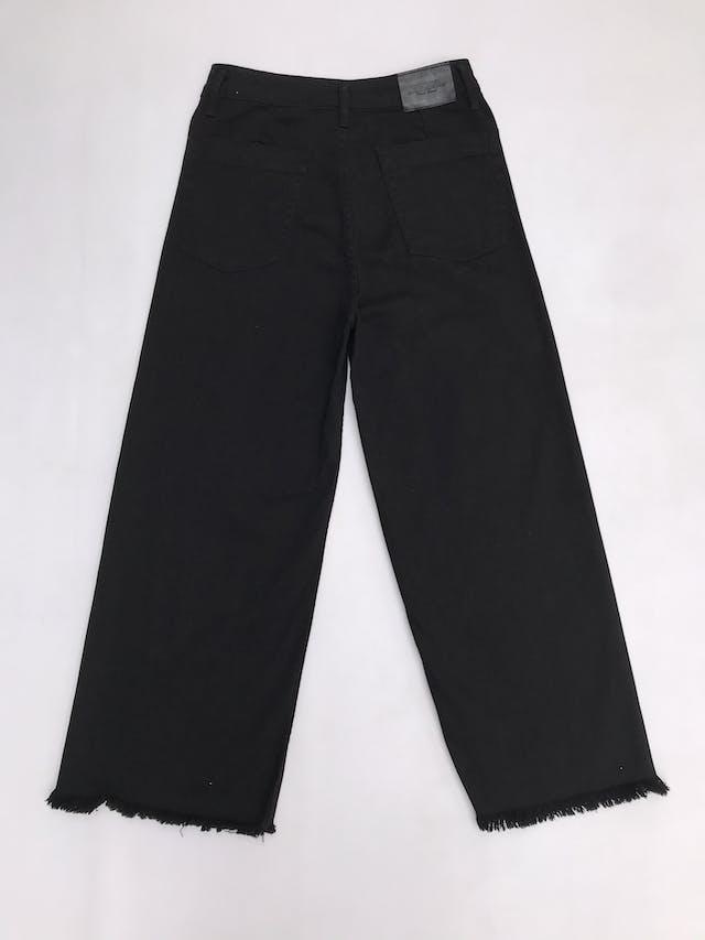 Pantalón jean negro a la cintura, corte palazzo, 98% algodón. Cintuta 76cm foto 2