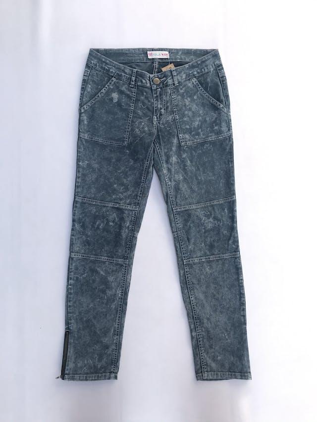 Pantalón pitillo drill 98% algodón, costuras en las piernas, bolsillos laterales y posteriores, cierres en la basta foto 1