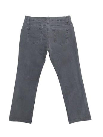 Pantalón jean plomo 100% algodón, corte recto al tobillo. Pretina 76cm Largo 85cm foto 2
