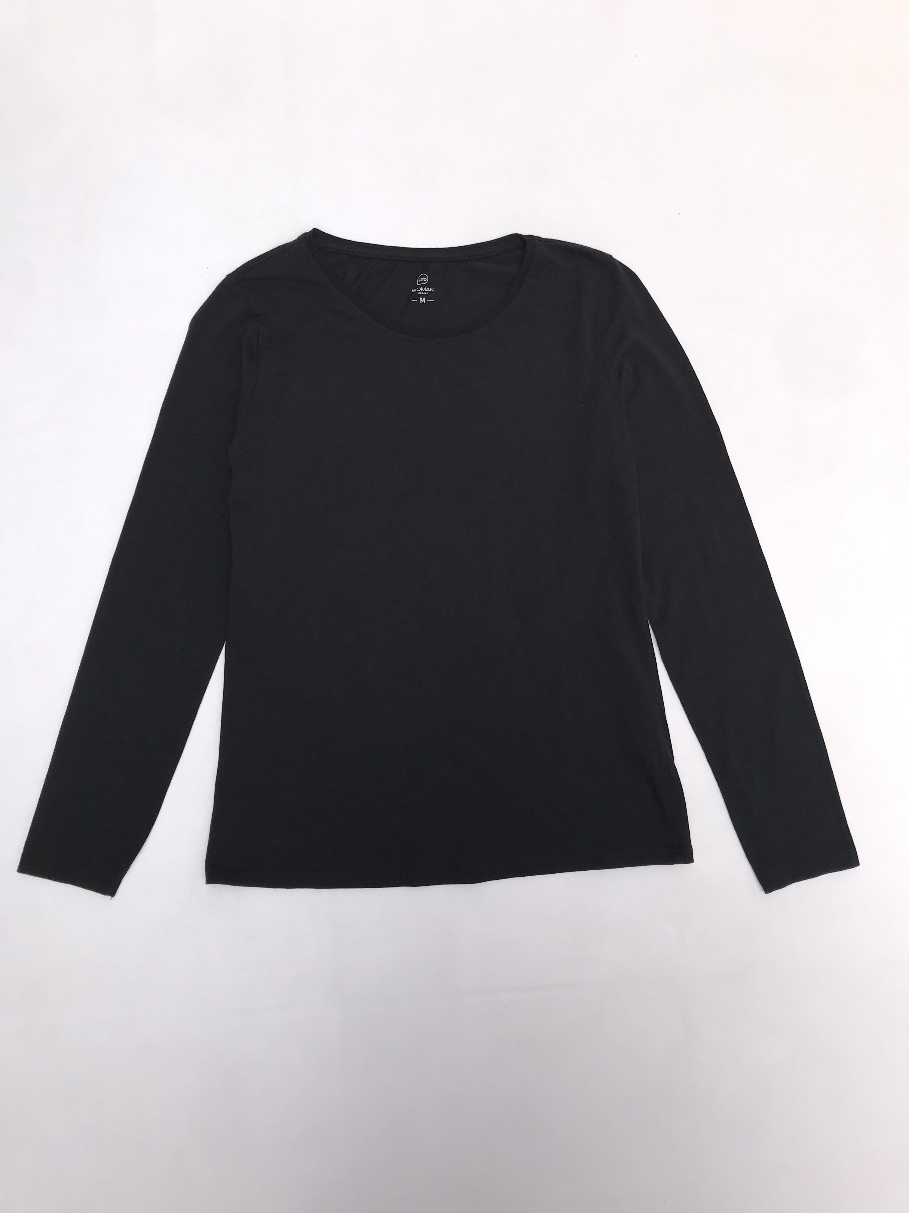 Polo negro con de algodón con spandex, manga larga