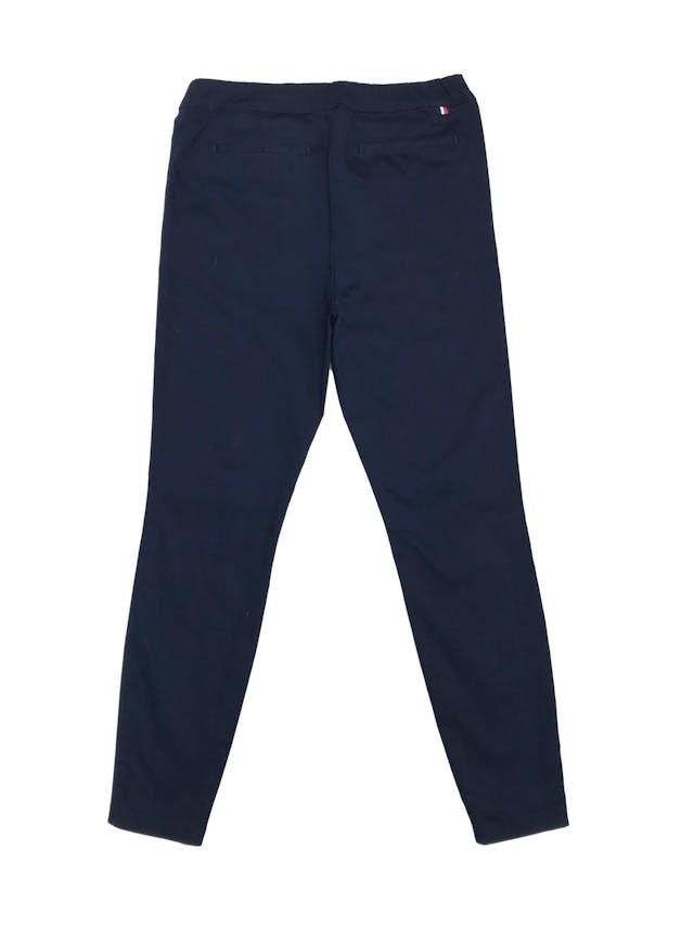 Pantalón estilo jogger formal azul. Precio original S/ 320 foto 2