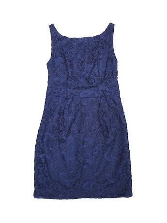 Vestido de encaje azul, forrado, con cierre y escote en la espalda. Nuevo con etiqueta. Precio original S/ 500 foto 1