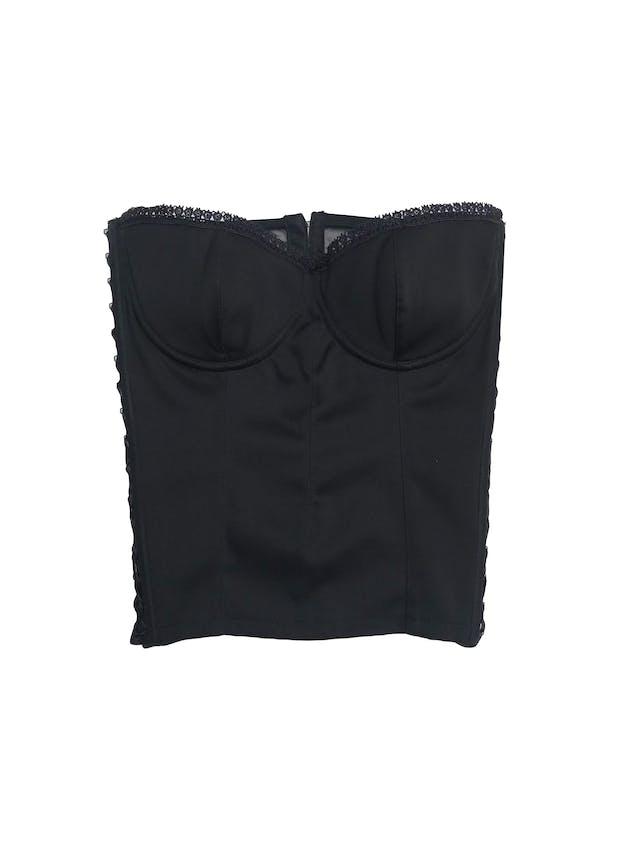 Corsé negro con ribetes de encaje, tul en la espalda, cierra con corchetes y laterales regulables con cinto foto 1