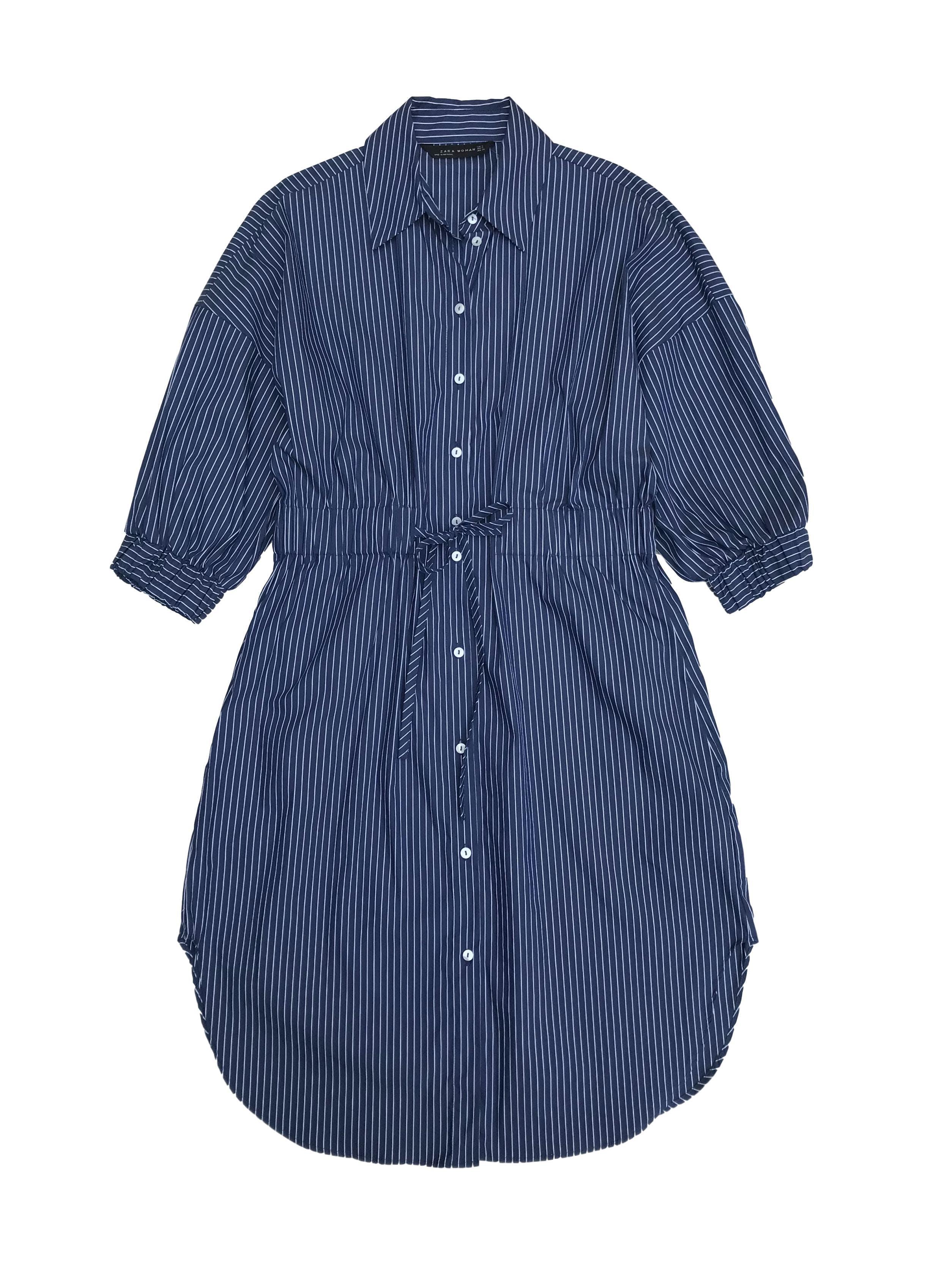 Vestido Zara azul con líneas blancas, estilo camisero 81% algodón, manga 3/4 con elástico, cintura regulable (medida máxima 80cm). Largo 95cm. Nuevo