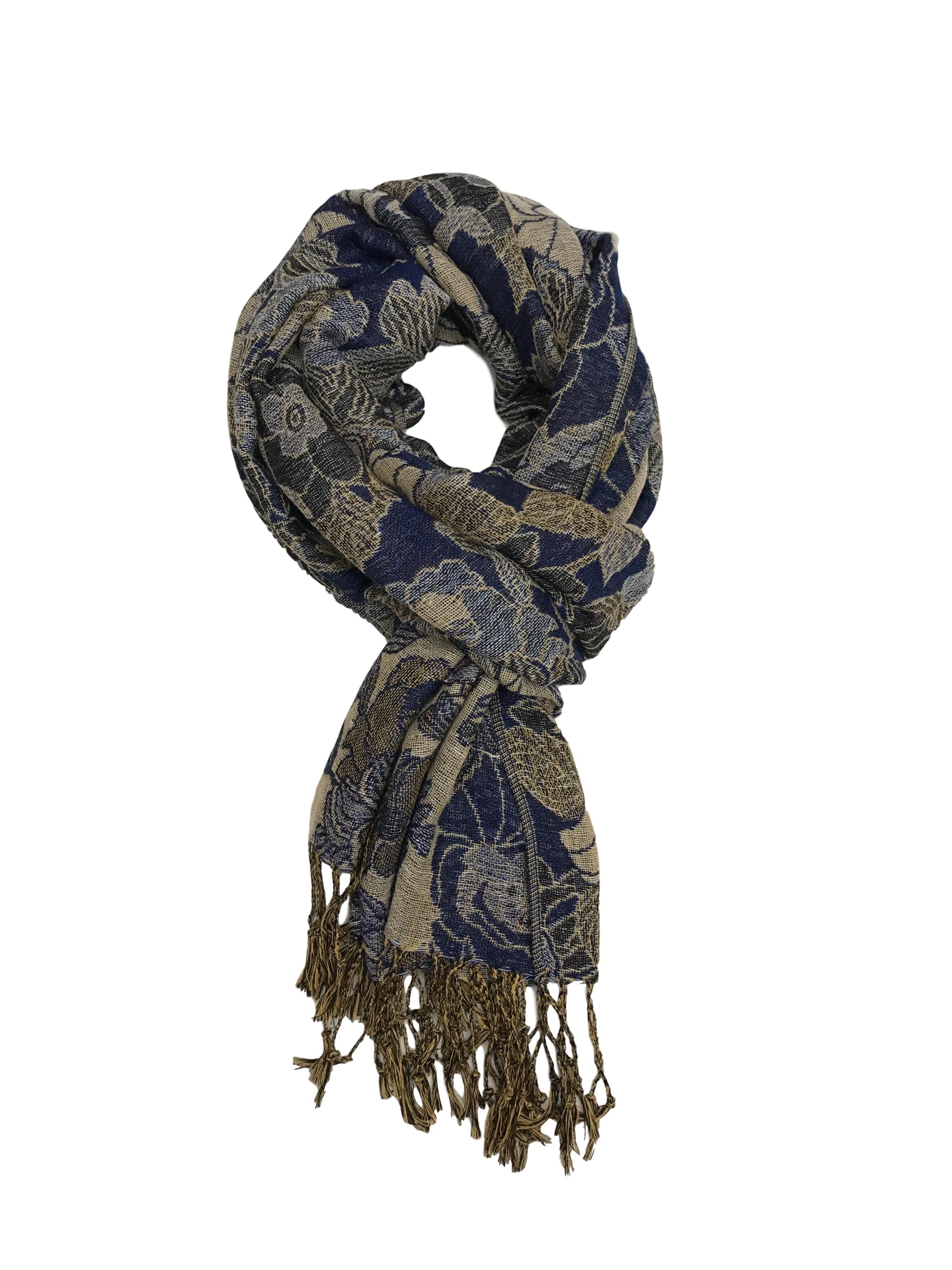 Bufanda en tonos beige y azul con flecos. Medidas 172x72cm