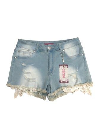 Short jean Index celeste focalizado, con rasgados, deshilachado y encaje en basta, 98% algodón ligeramente stretch. Nuevo con etiqueta. Pretina 72cm  foto 1