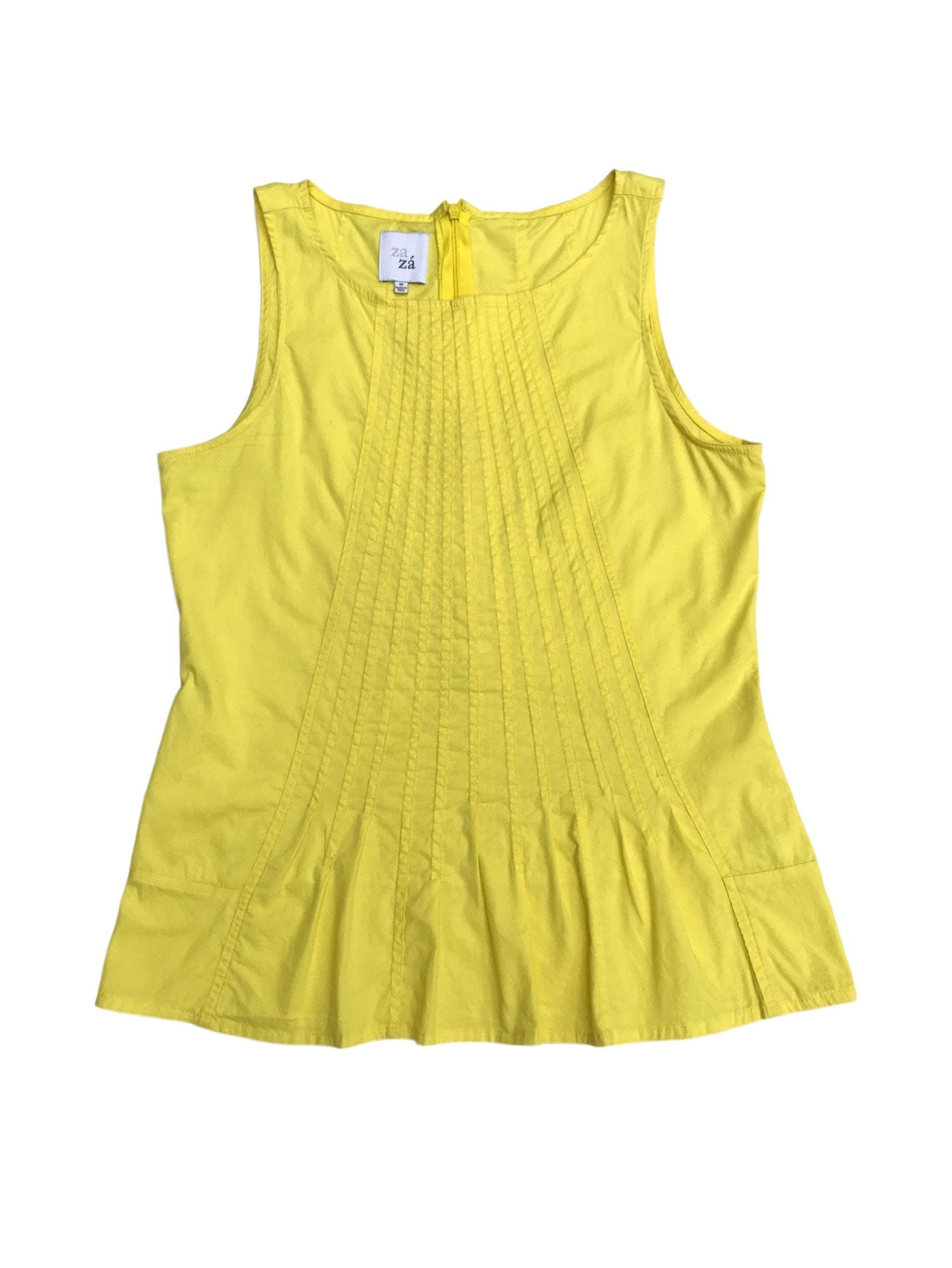 Blusa Zazá amarilla con costuras delanteras y cierre invisible en la espalda. Busto 98cm