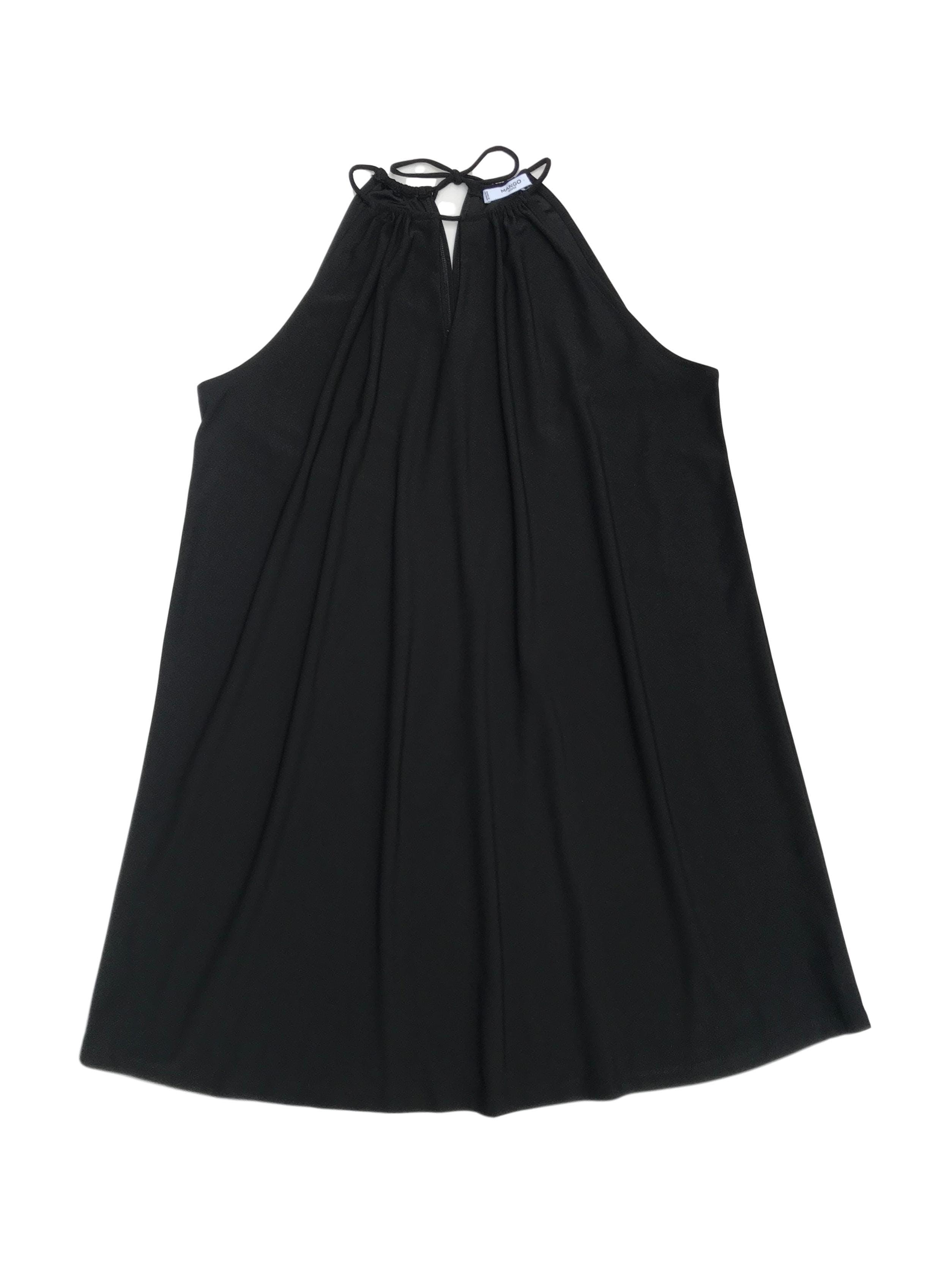 Vestido Mango negro, recogido en el cuello con escote. Busto 106cm Largo 84cm
