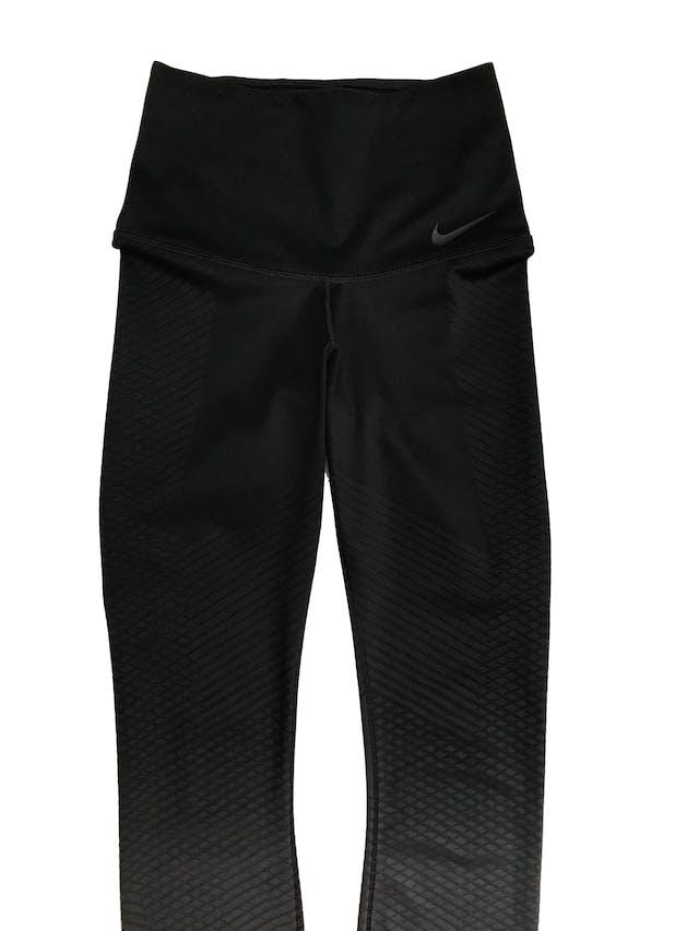 Legging deportiva Nike negra en degradé a gris con texturas al tono foto 2