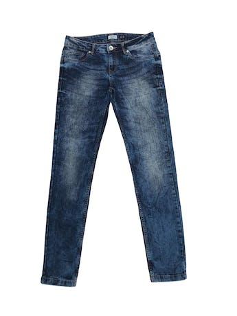 Jean azul pitillo focalizado, five pockets. Pretina 74cm foto 1