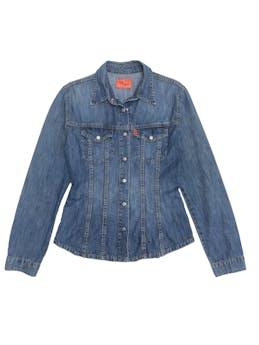 Blusa de jean 100% algodón con broches y bolsillos delanteros foto 1