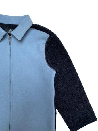 Casaca a la cintura Tumi en bloques grises y celestes, 70% alpaca 30% lana, maga 3/4 foto 2