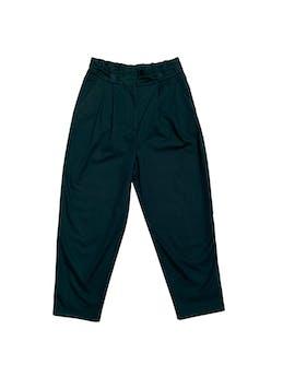 Pantalón Zara slouchy 100% algodón verde con bolsillos laterales. Cintura 76cm foto 1