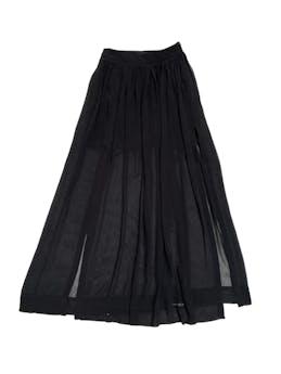 Maxifalda Zara de gasa negra con aberturas delanteras, forro mini y cierre lateral. Cintura 70cm foto 1