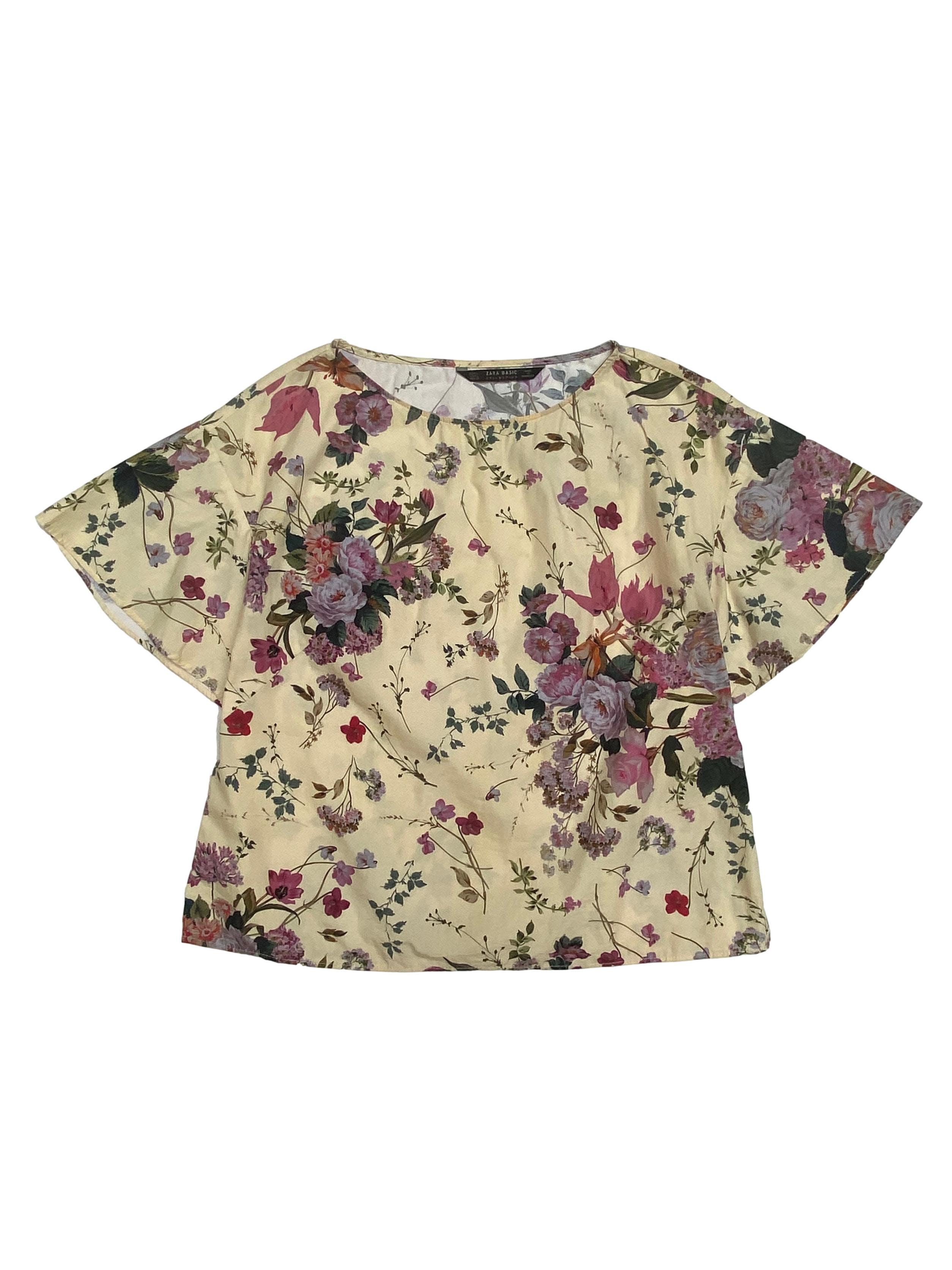 Blusa Zara 100% algodón beige con estampado de fores, manga corta con vuelo. Busto 104cm Largo 55cm. Precio original S/ 149