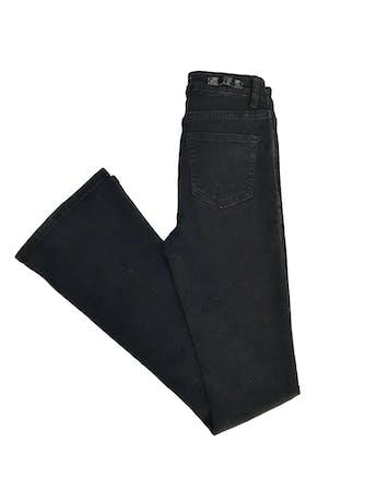 Pantalón index a la cintura, de denim negro stretch 75% algodón, 5 bolsillos, pegado con basta campana foto 2