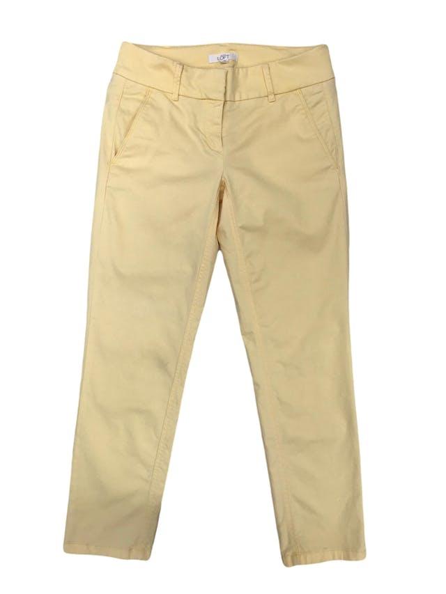 Pantalón Loft 98% algodón amarillo pastel, tipo medio. Pretina 76cm Cadera 90cm  foto 1