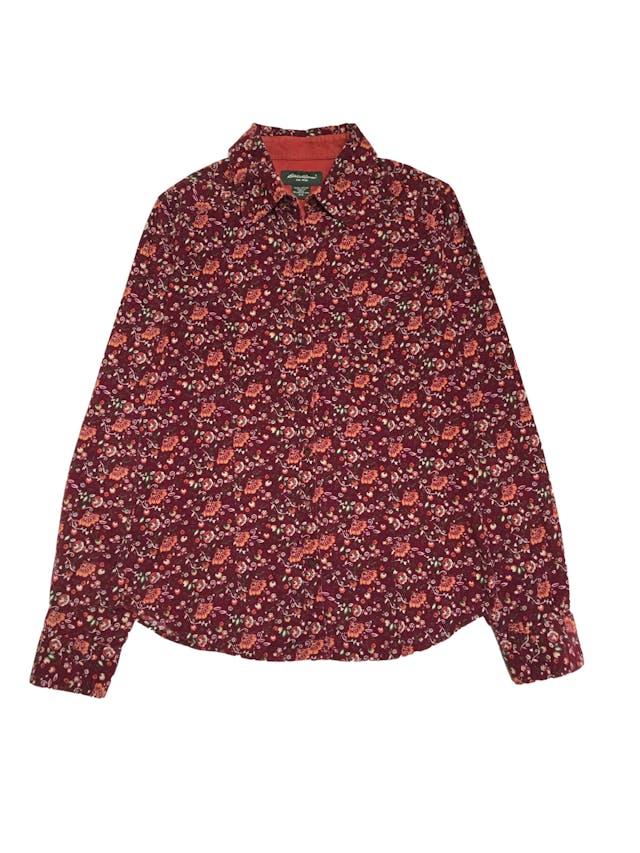Blusa de corduroy Eddie Bauer, 100% algodón, modelo camisero con bolsillos en el pecho. Precio original S/ 170 foto 1