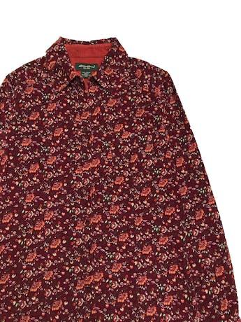 Blusa de corduroy Eddie Bauer, 100% algodón, modelo camisero con bolsillos en el pecho. foto 2