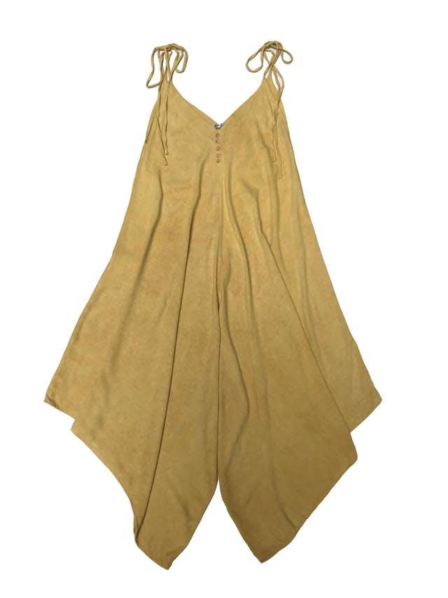 Enterizo baggy amarillo con tiritas en los hombros, botones en el pecho. Super relajado. Una sola talla, busto hasta 100cm foto 1