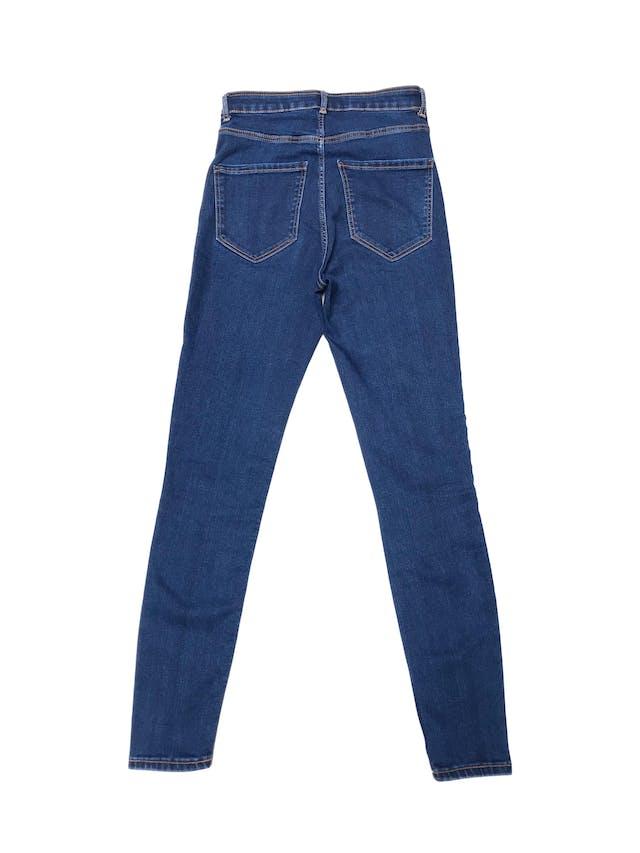 Jegging Zara a la cintura, jean stretch con cierre, botón delantero y bolsillos atrás. Cintura 63cm sin estirar foto 2