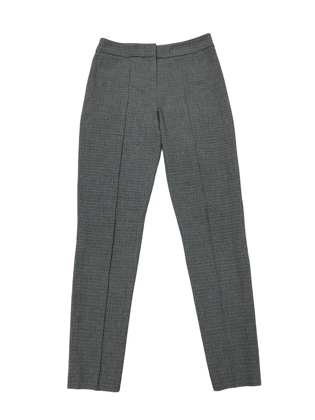 Pantalón Tommy Hilfiger, ligeramente stretch estilo legging a la cintura, ploma a cuadros amarillos, con cierre delantero y bolsillos falsos atrás. Cintura 70cm. Precio original S/ 350 foto 1