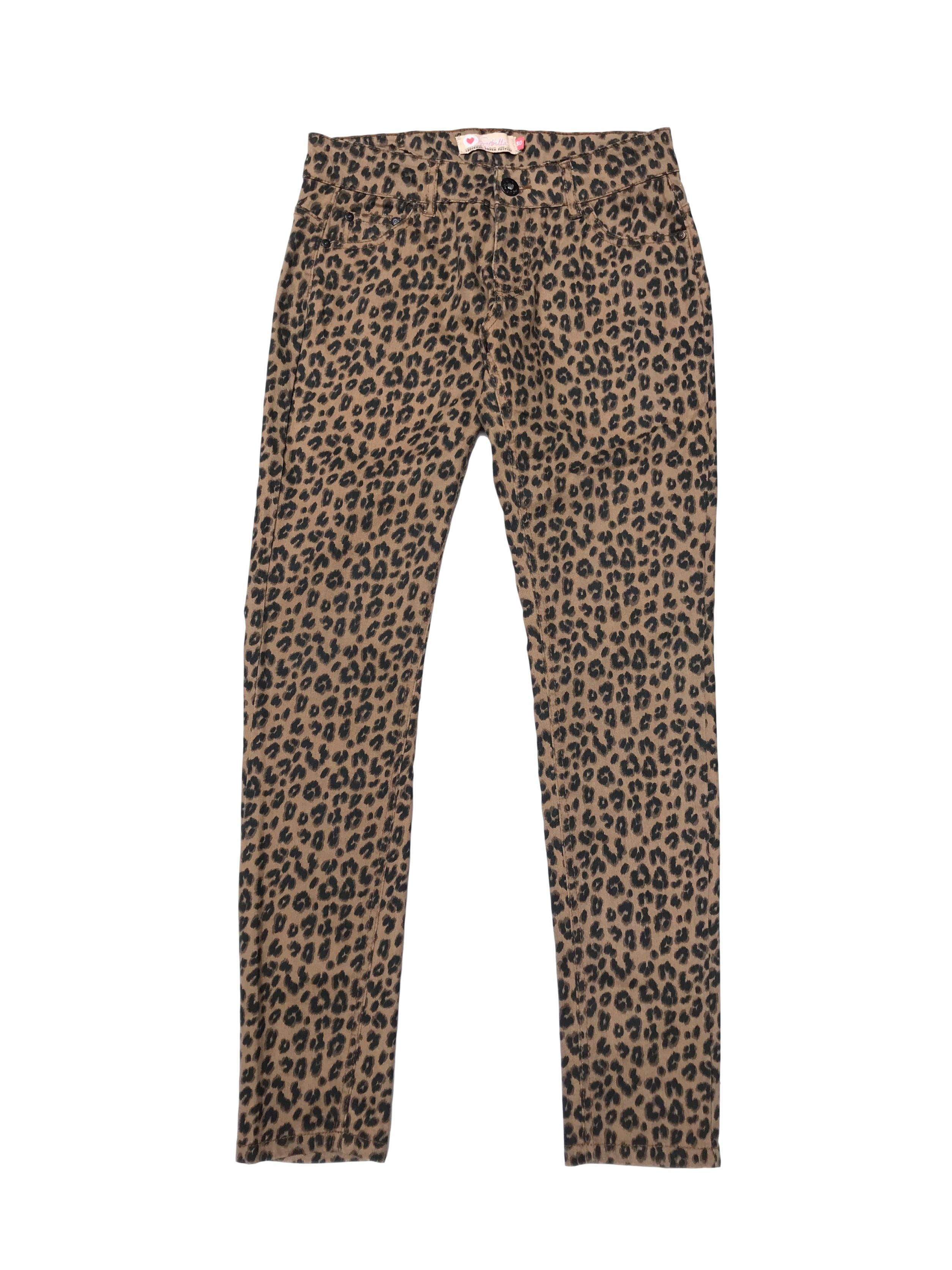 Pantalón denim stretch animal print, skinny con bolsillos laterales y atrás. Cintura 76cm