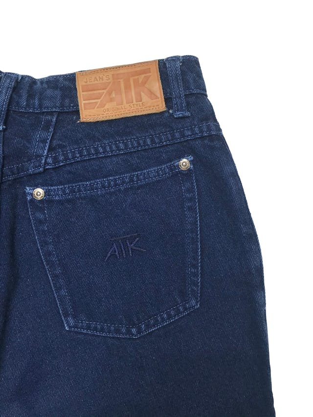 Short vintage a la cintura de denim grueso. Cintura 70cm Largo 57cm foto 2