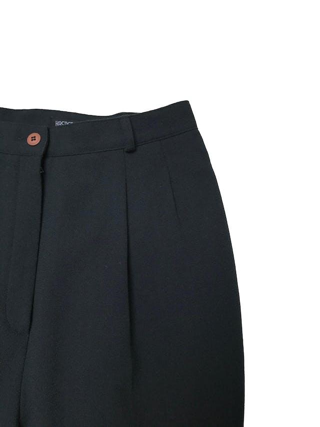 Pantalón vintage Kasper a la cintura, corte recto con pinzas, bolsillos laterales, forrado, 98% lana verde. Cintura 74cm  foto 2
