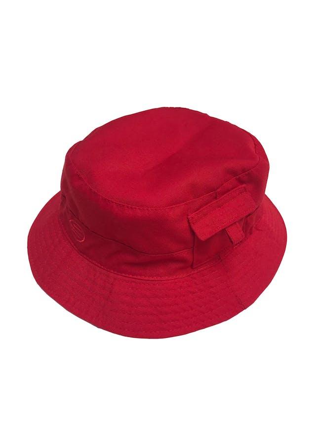 Bucket hat reversible rojo y plomo foto 1