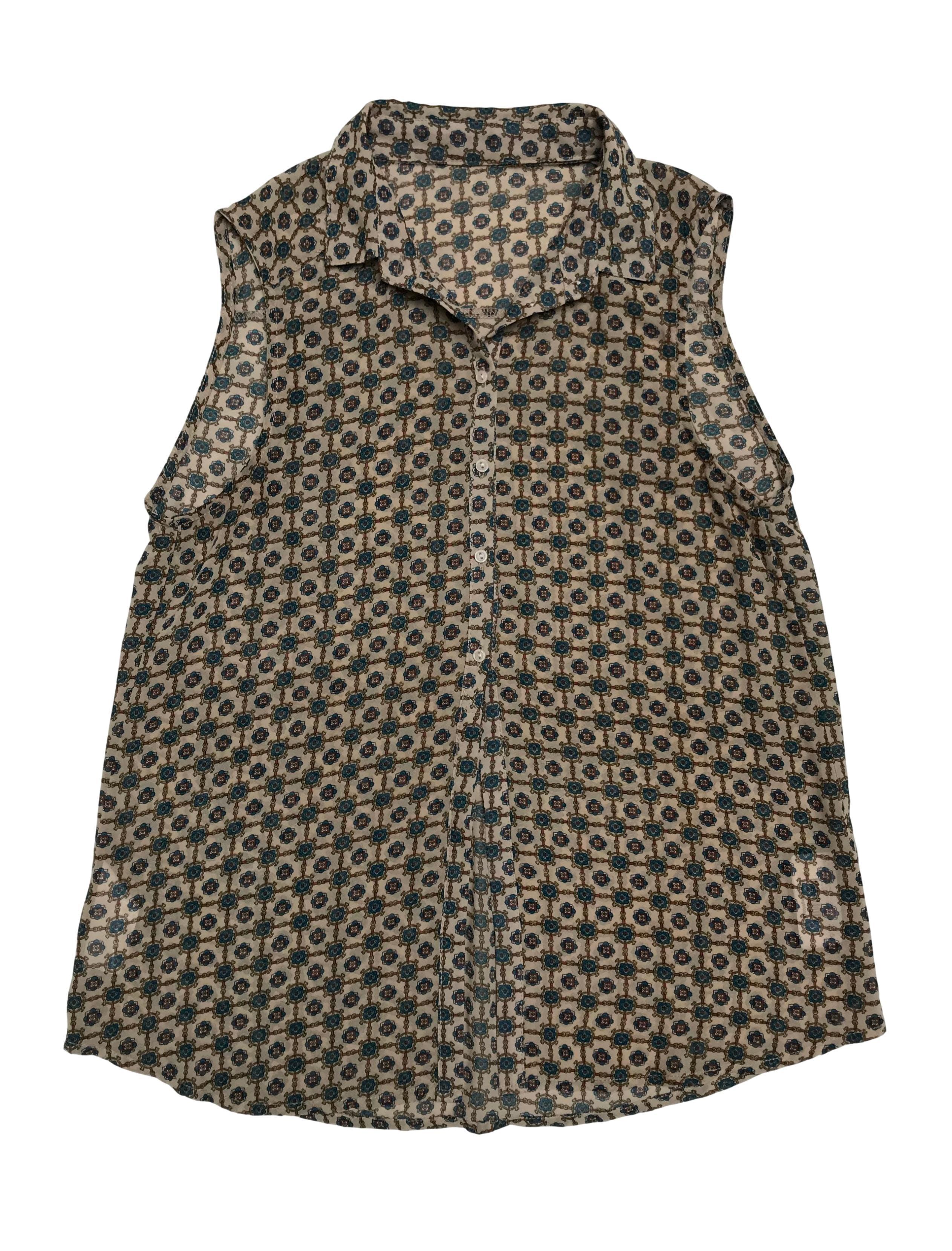 Blusa de gasa beige con print barroco, botones hasta la cintura