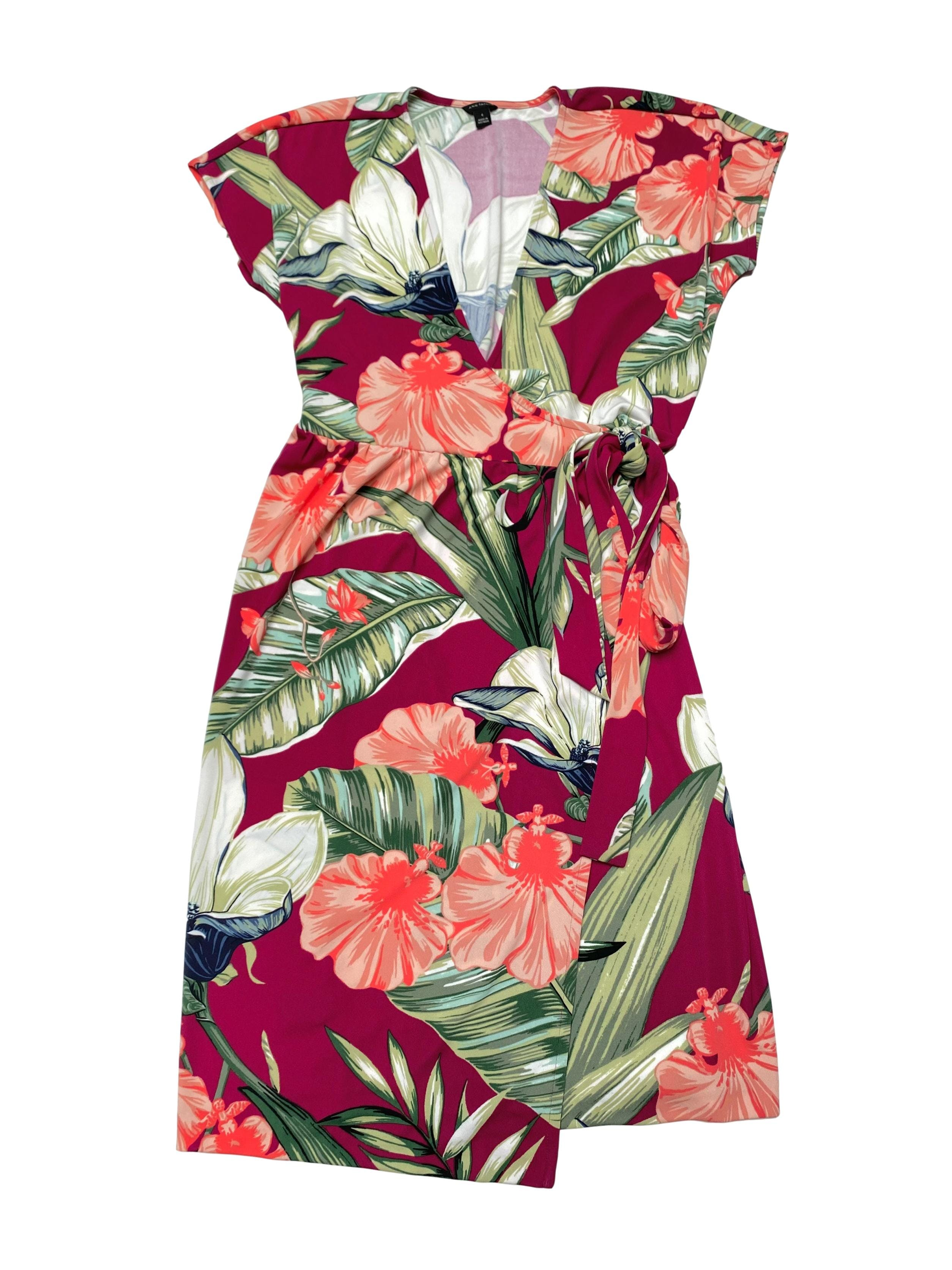 Vestido Ann Taylor envolvente guinda con estampado floreado. Largo 95cm. Hermoso!