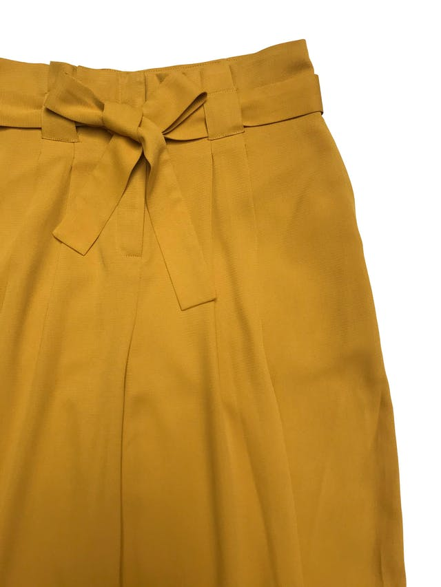 Pantalón palazzo Marquis con pliegues y cinto para amarrar. Cintura 85cm foto 2